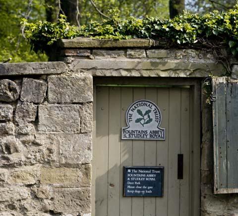 Deer Park Door cropped